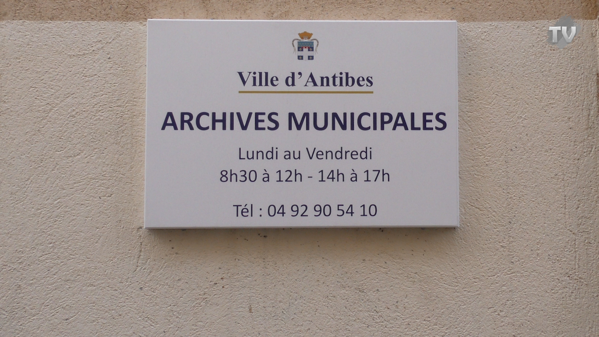 Aux Archives Municipales d'Antibes